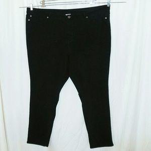 Avenue Wide Waist Skinny Jeans Size 30 Avg